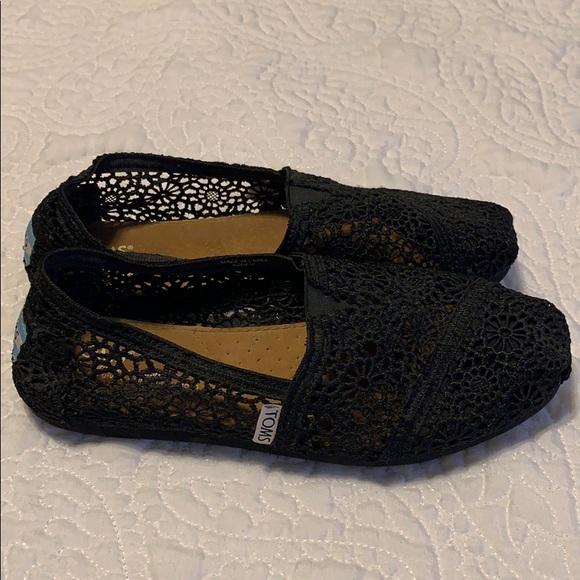 Toms Shoes | Black Lace Toms | Poshmark